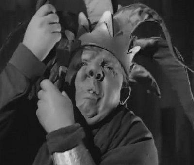 O Corcunda de Notre Dame (1939) - Um Clássico de Partir o Coração (5/6)