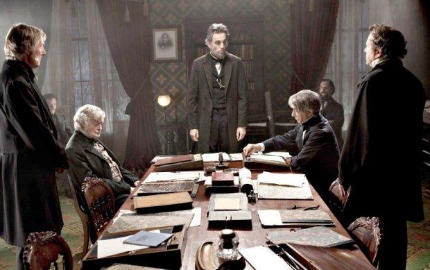 Lincoln - Um dos Filmes Mais Chatos que Eu Tentei Ver (2/6)
