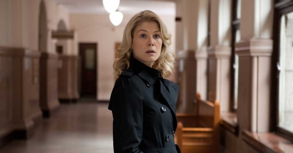 Rosamund Pike Jack Reacher Hot