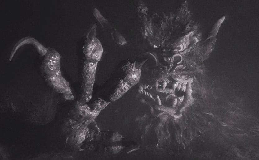 A Noite do Demônio - Filme de Terror Estiloso (4/6)